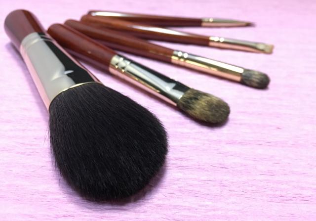 化粧筆mb4b